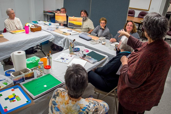Watercolorist Anna Hogbin discusses the techniques used in painting sunset scenes during the Introduction to Watercolor Painting class.